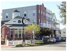 manteo downtown