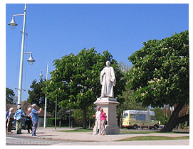 Kingsley Statue at Entrance of Victoria Park  Bideford
